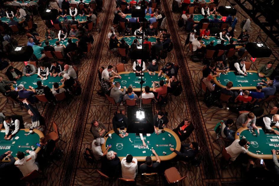 Mari Menulusuri Permainan Poker